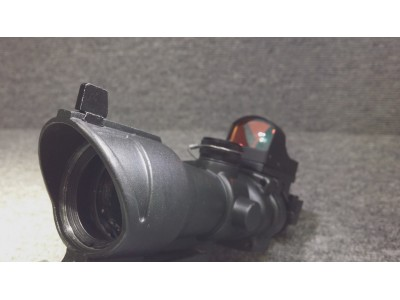 ACOG style 4X scope with Red Dot