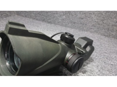 Red and Green Point Scope ( Black )