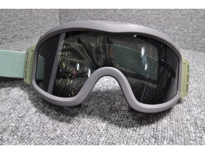 Professional Protection Goggle  (軍綠色)