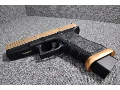Bell ZEV Custom Glock 17 Pistol (Golden Slide)
