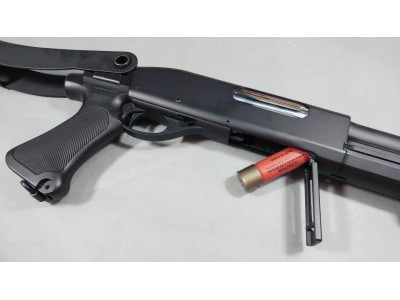 CYMA M870 Shotgun (Plastic Body, Short Barrel/Foldable Stock version))